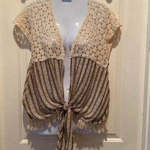 Gypsy Junkies Daisy Crochet Top